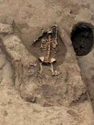 HUMAN SACRIFICE: Ancient Peruvian tomb yields bodies of six women killed in rituals