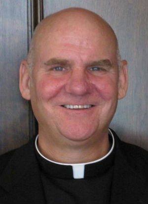 'I'm gay and I'm a priest, period': Chicago priest opens up about his same sex attraction