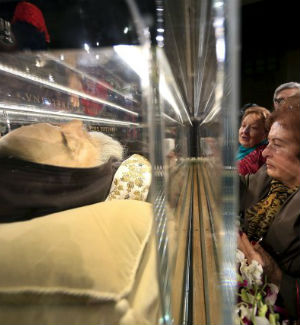 Remains of St. Padre Pio of Pietrelcina, St. Leopold Mandic arrive in Rome for Jubilee of Mercy