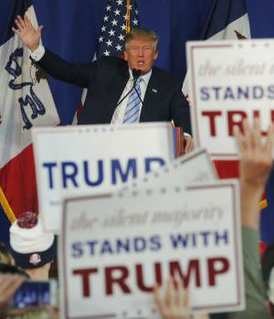 Trump leading in polls as he thanks Iowa's evangelicals