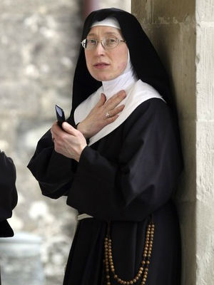 Nun's habit is 'a sign of the love of God and that this life is not all there is'