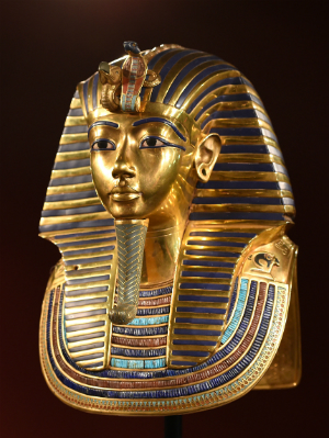 Archaeologists discover secret chambers in King Tut's tomb, but what's inside them?