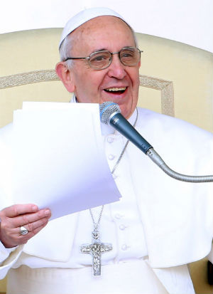 Pope Francis decrees instances of miracles and martyrdom