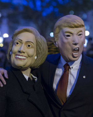 The olive branch and the barb: Clinton vs. Trump
