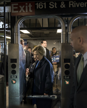 WATCH: HRH Hillary Clinton has waiting girl pushed aside so she can board subway first!