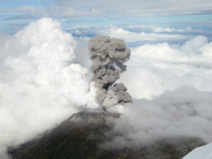 Scientists surprised by sudden eruption on Costa Rica volcano. Could the same happen at Mt. Rainier?