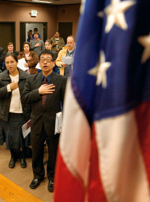 Tyranny by Obama's hand? 18.7 million immigrants not required to take Oath of Allegiance