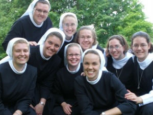 Nun numbers on the rise - Young women flock to the church