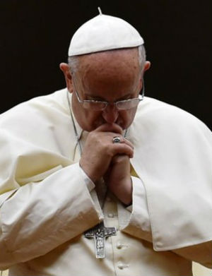 'Immense tragedy': Pope Francis on broken families