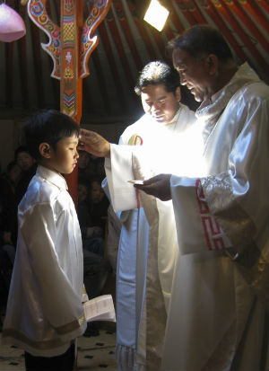 Mongolia celebrates Mass with first native priest