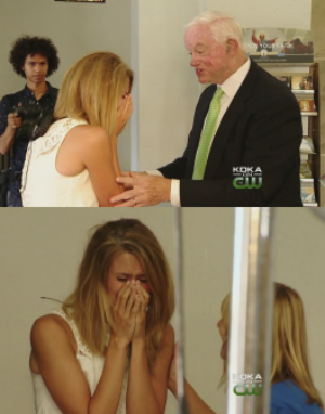 Father makes appearance at daughter's wedding in most unbelievable, heart-warming way