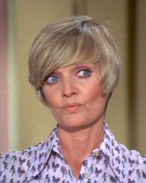 TV's favorite sitcom mom, Florence Henderson passes away at 82