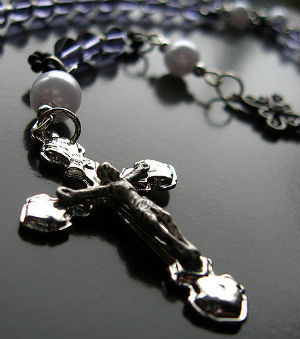 pray the rosary 7 tips on how to pray more deeply