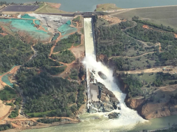 A recent aerial photo of the Oroville dam.
