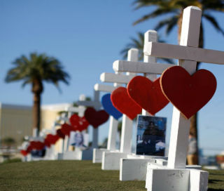 An Illinois man traveled across the country with homemade crosses for the victims of the Las Vegas mass shooting.