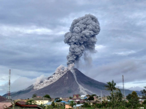 Mt. SInabung has erupted again.