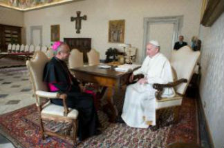 Questions arise about Vatican official mentioned in Vigano report