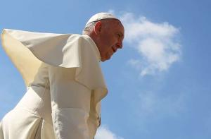 Pope tells Life academy to defend human dignity with courage