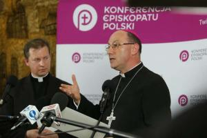 Polish bishops pledge greater sensitivity for abuse victims