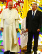 Image of Pope Francis with Cuban President Raul Castro.