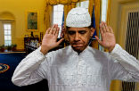 Image of Obama is widely believed to be a Muslim, especially in the Muslim world.