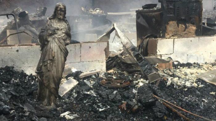 Christ statue survives devastating wildfire.