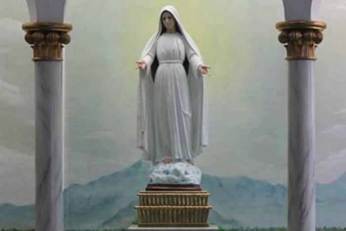 Mary Mediatrix of All Grace.