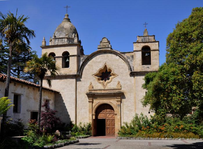 San Carlos Borromeo de Carmelo, the Blessed Serra is buried at this mission.