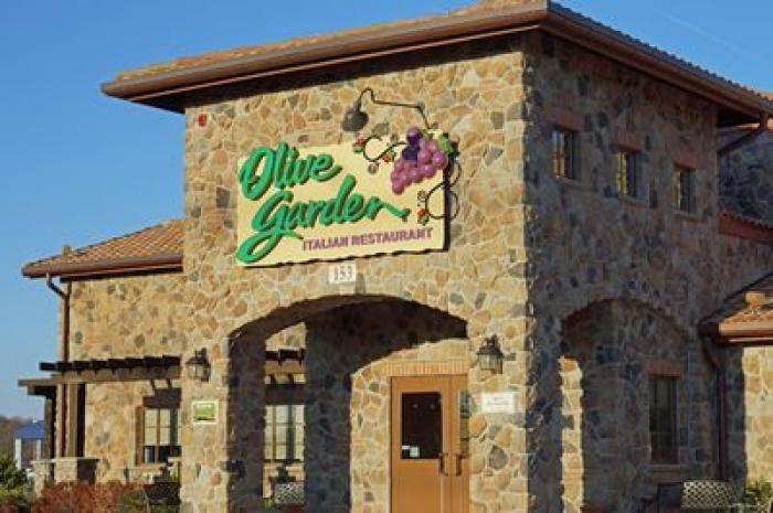 the big twist however is that like with other olive garden menu items they will also be serving unlimited breadsticks with the breadstick sandwiches - Olive Garden Donation Request