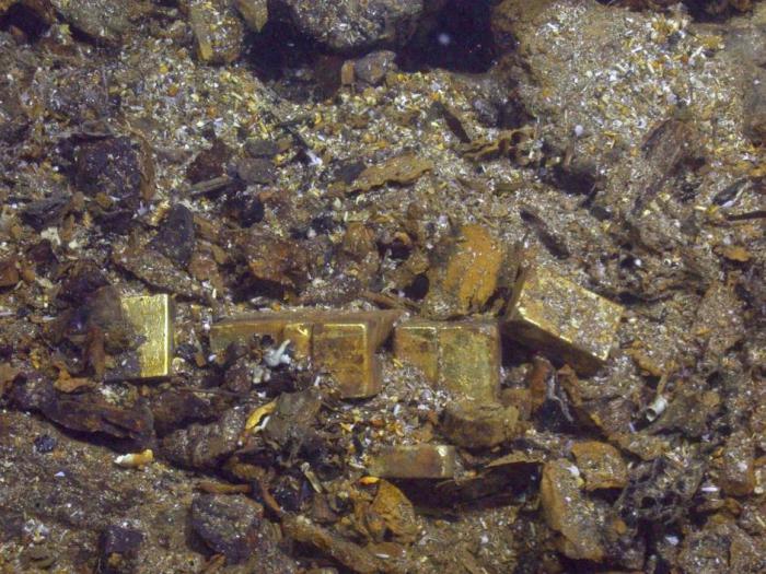 Gold from shipwreck http://archaeologynewsnetwork.blogspot.com