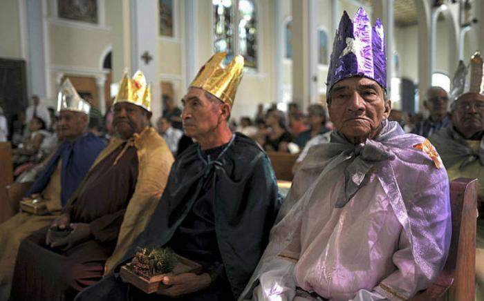 Men in San Salvador dress as the Wise Men for Epiphany celebrations.
