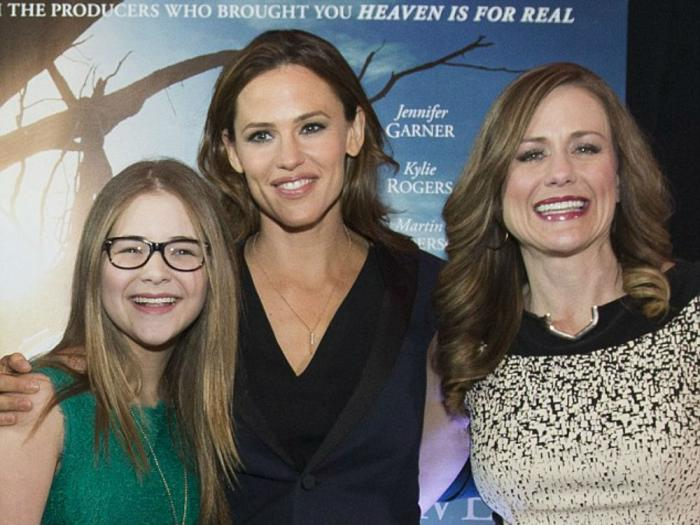 Jennifer Garner plays Annabel