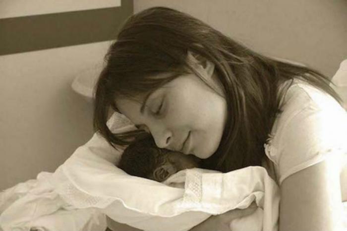 Chiara Corbella Petrillo with her son, Davide.