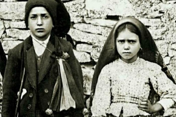 Blessed Francisco and Jacinta Marto.