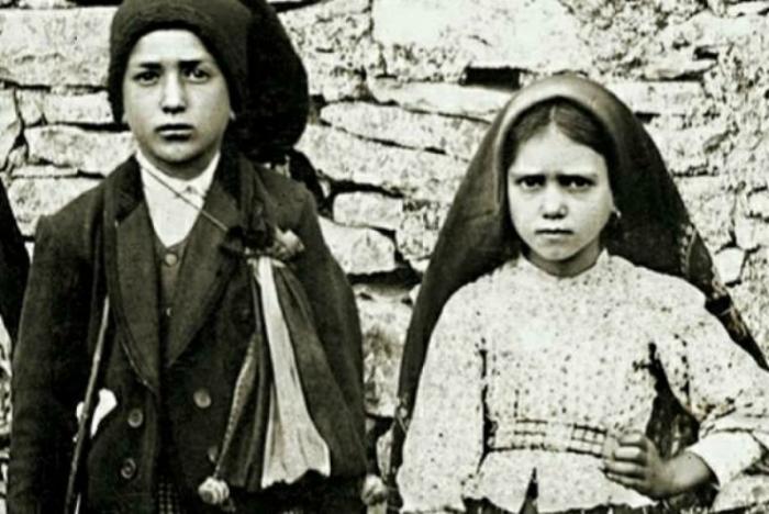 Blessed Francisco and Jacinta Marto.