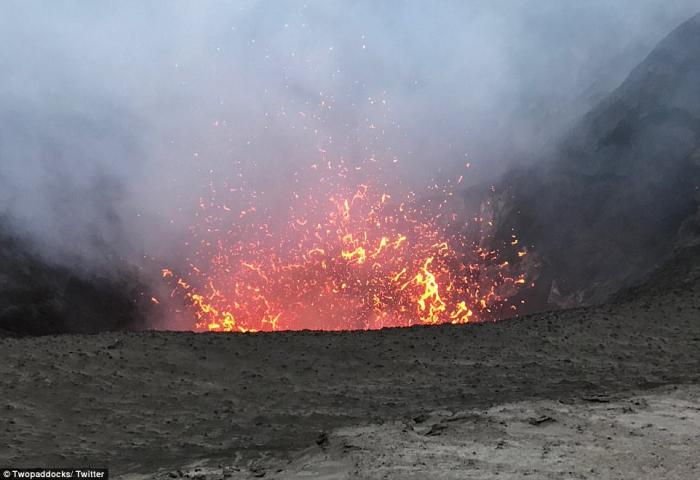 Monaro Volcano is about to erupt on the island of Ambae, Vanatu.