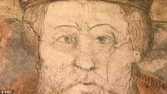 The painting of Henry VIII was discovered when some plaster was removed from a wall in house in Milv