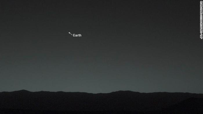 The image of Earth, taken from Mars, tweeted by NASA.