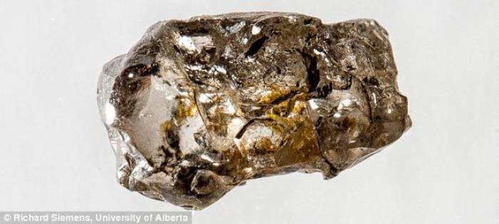 A brown diamond, also known as ringwoodite, has about 1.5 percent water inside it. It doesn