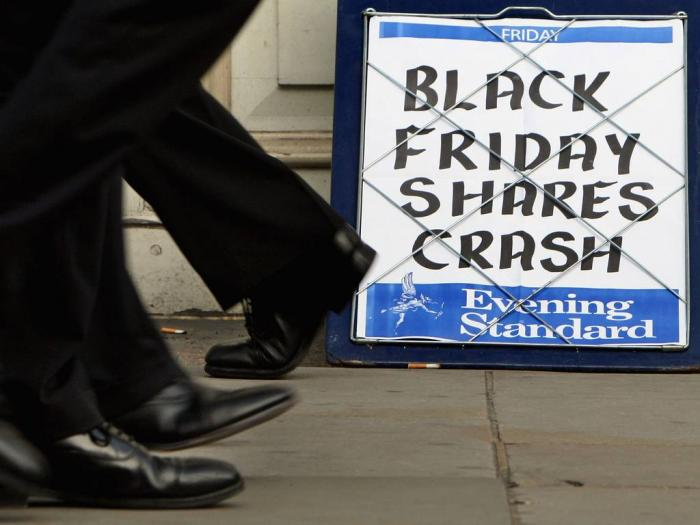 The Evening Standard headline board showing the words