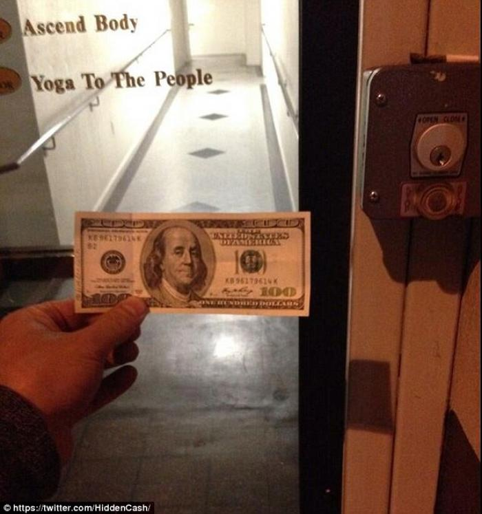 @HiddenCash shared this photo with the message