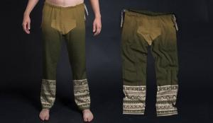 Modern version (left) of 3,000 year old Chinese pants (right).