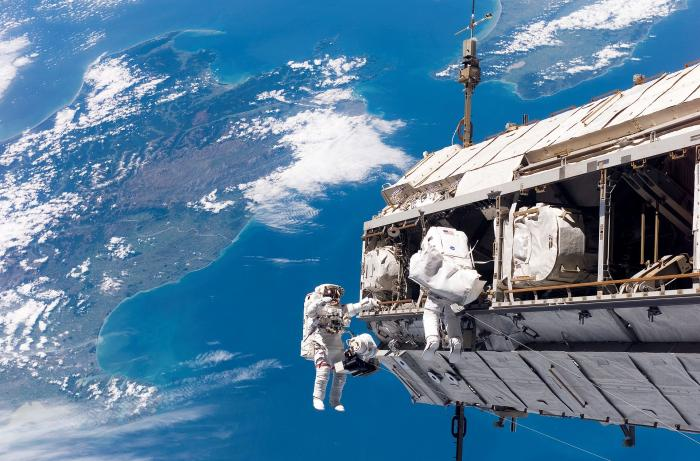 Astronauts over New Zealand during a 2006 spacewalk.
