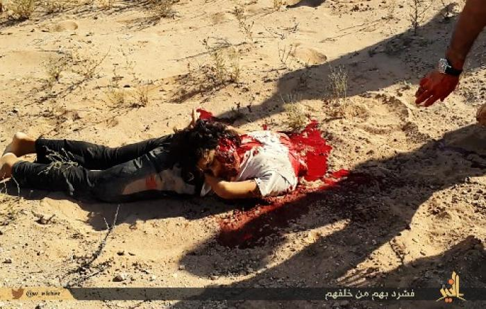 Uncensored isis gleefully trumpets images detailing brutal execution