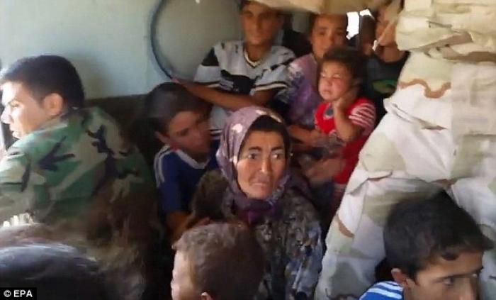 At least 20,000 civilians, most of whom are from the Yazidi community, who had been besieged by jiha