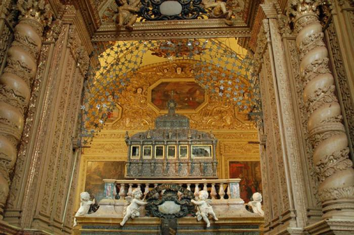 The basilica is one of the oldest churches in Goa. It stands carpeted with marble flooring and inlai