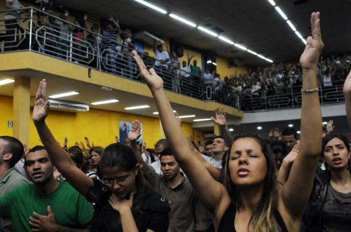 There are increasing numbers of evangelical and Protestant churches in Brazil, luring away former Ca