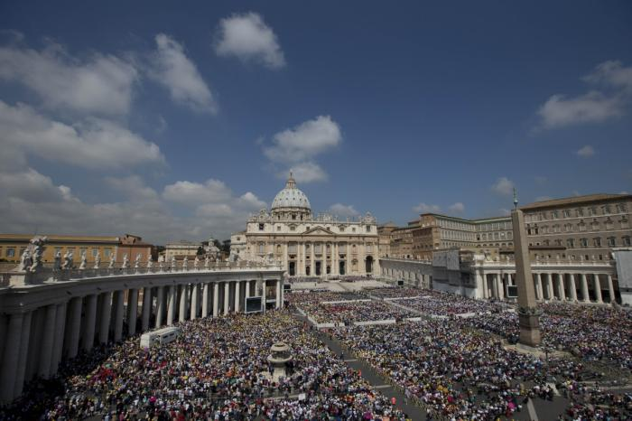 With tens of thousand of Christian visitors per day, the Vatican may be among the most tempting targ