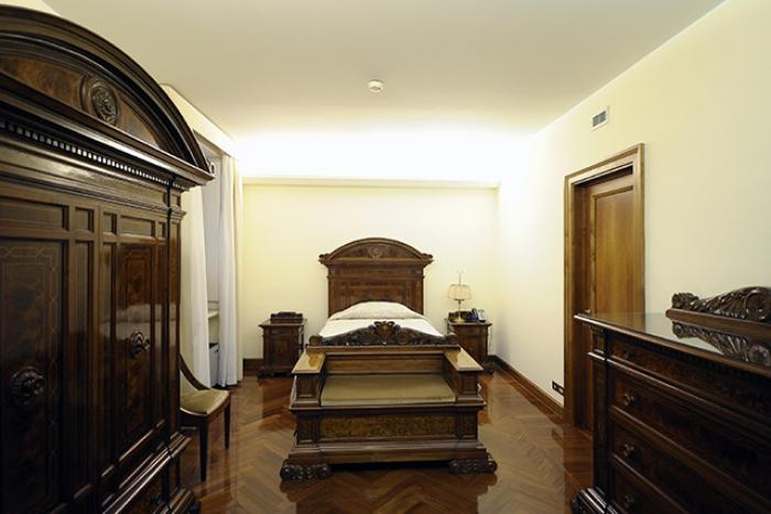 The small bedroom where Pope Francis sleeps.