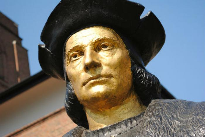 Pope Francis says that he prays to the English martyr St. Thomas More daily.